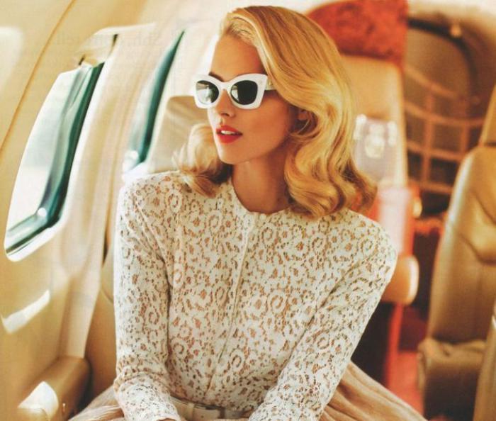 Картинки по запросу Блондинка пересела на свое место